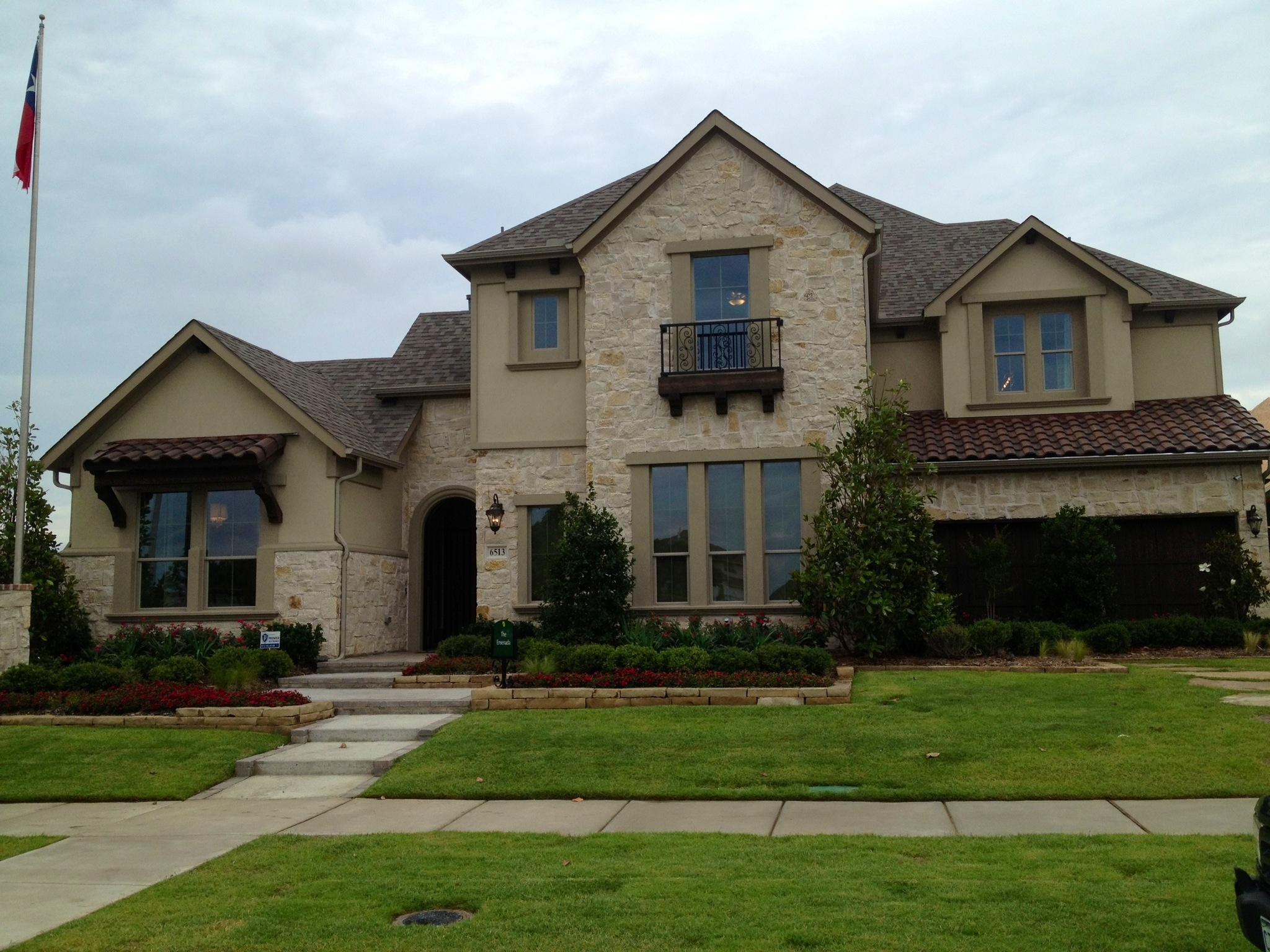 Dress homes phillips creek ranch update frisco for Ranch model homes