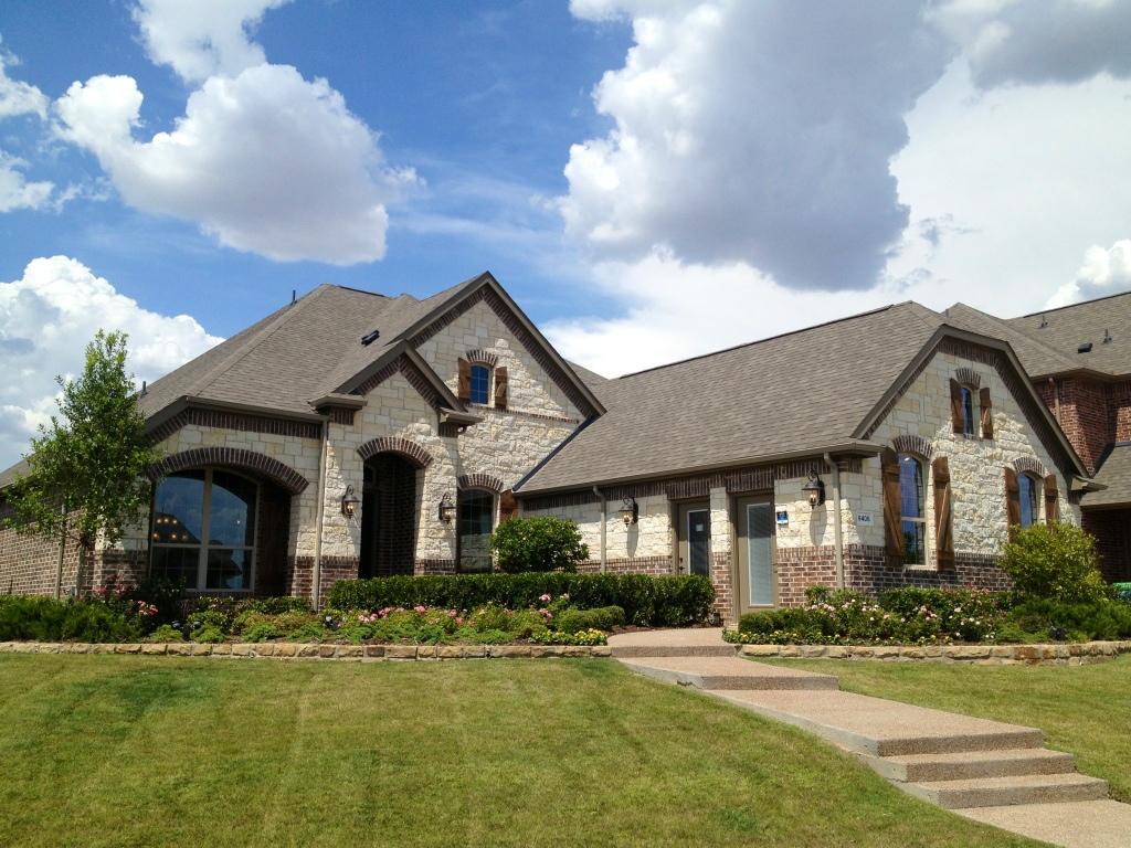 Lennar homes frisco update frisco richwoods lawler for New modern homes in frisco tx