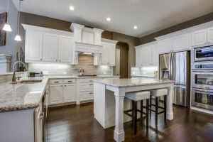 WOW! Executive chef Kitchen with Upgraded Backsplash!
