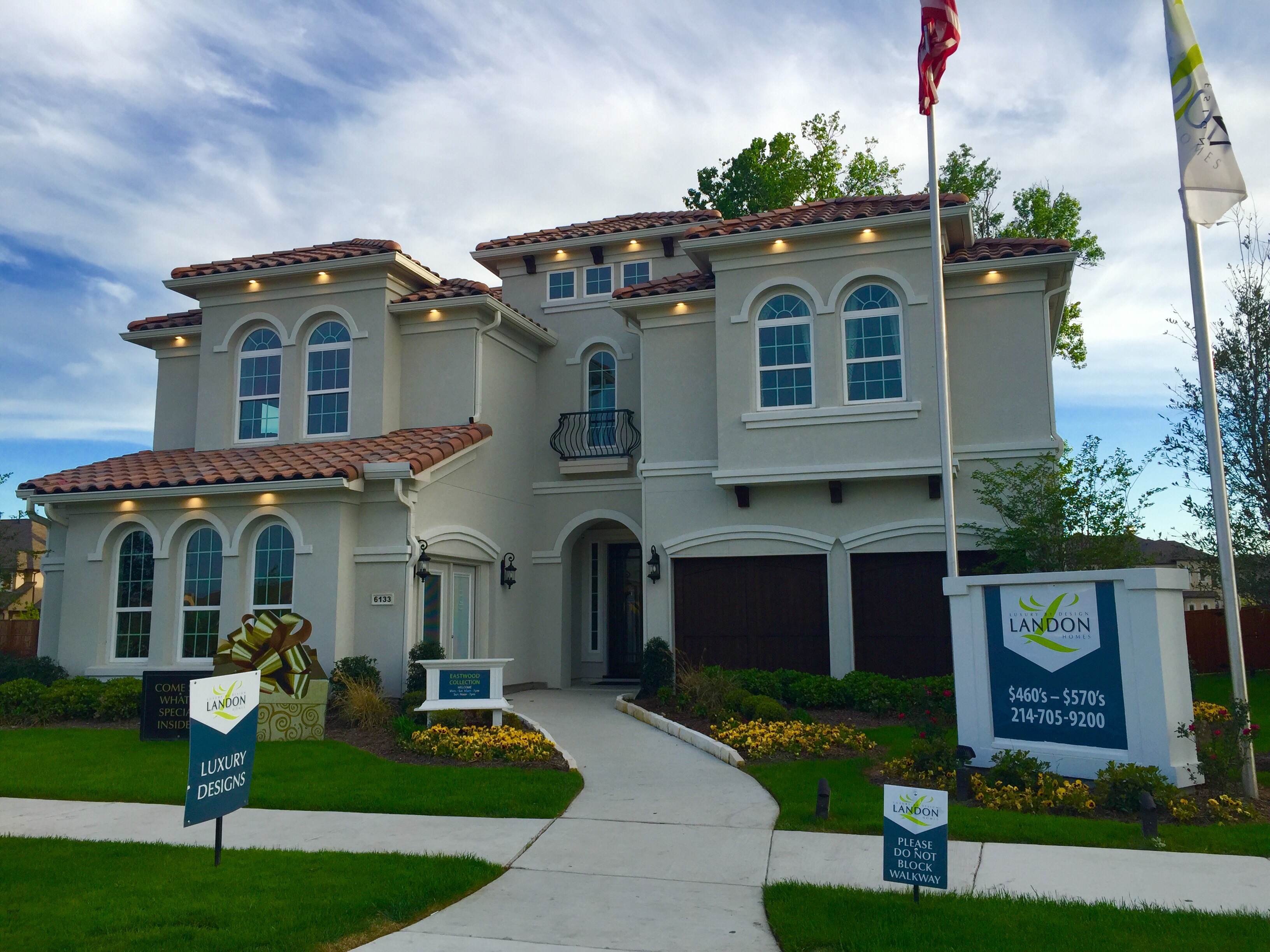 The eastwood floorplan in stucco by landon homes at for The landon house